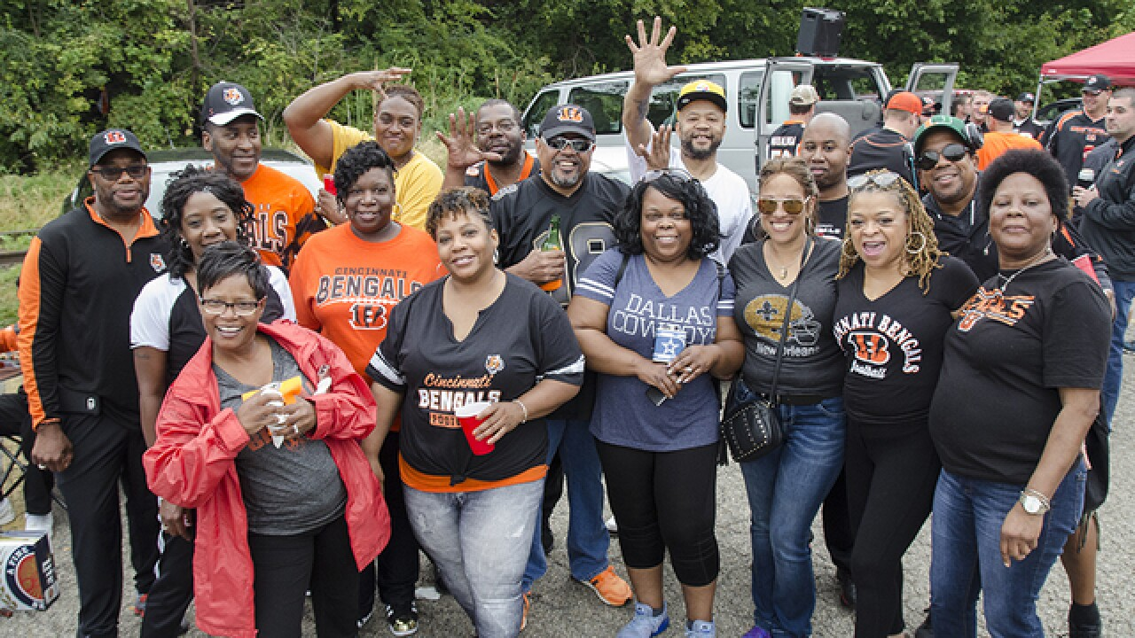 PHOTOS: Bengals fans get ready to rumble before Bills game