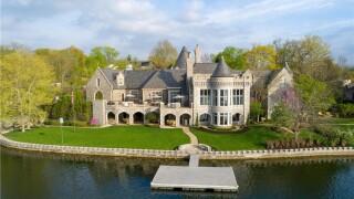 weatherby lake mansion 28