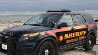 Sheboygan County Sheriff's deputies arrest wanted man after 110 mph pursuit