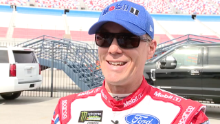 Outback celebrates Kevin Harvick with free Bloomin' Onion