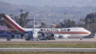 195 Americans evacuated from Wuhan to be quarantined in California for 2weeks