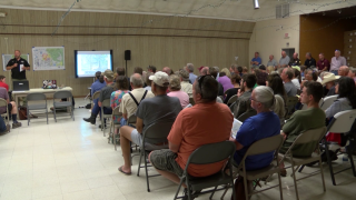 North Hills Fire evacuees attend public meeting for updates