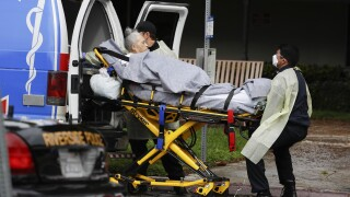 Feds under pressure to publicly track nursing home outbreaks