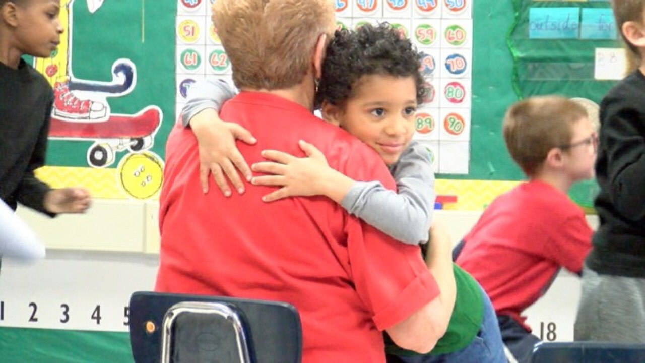 Foster Grandparents a 'win-win' in KC schools