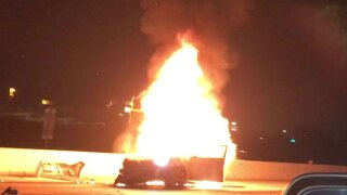 2 dead in fiery crash on I-15 in Scripps Ranch