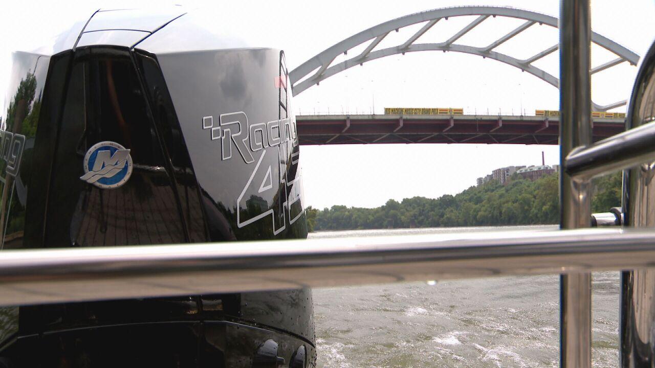 IndyCar under bridge