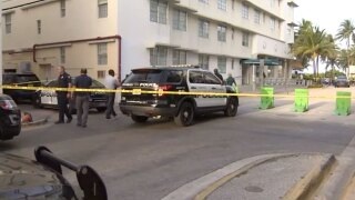 Father fatally shot while eating at Miami Beach restaurant, Aug. 24, 2021