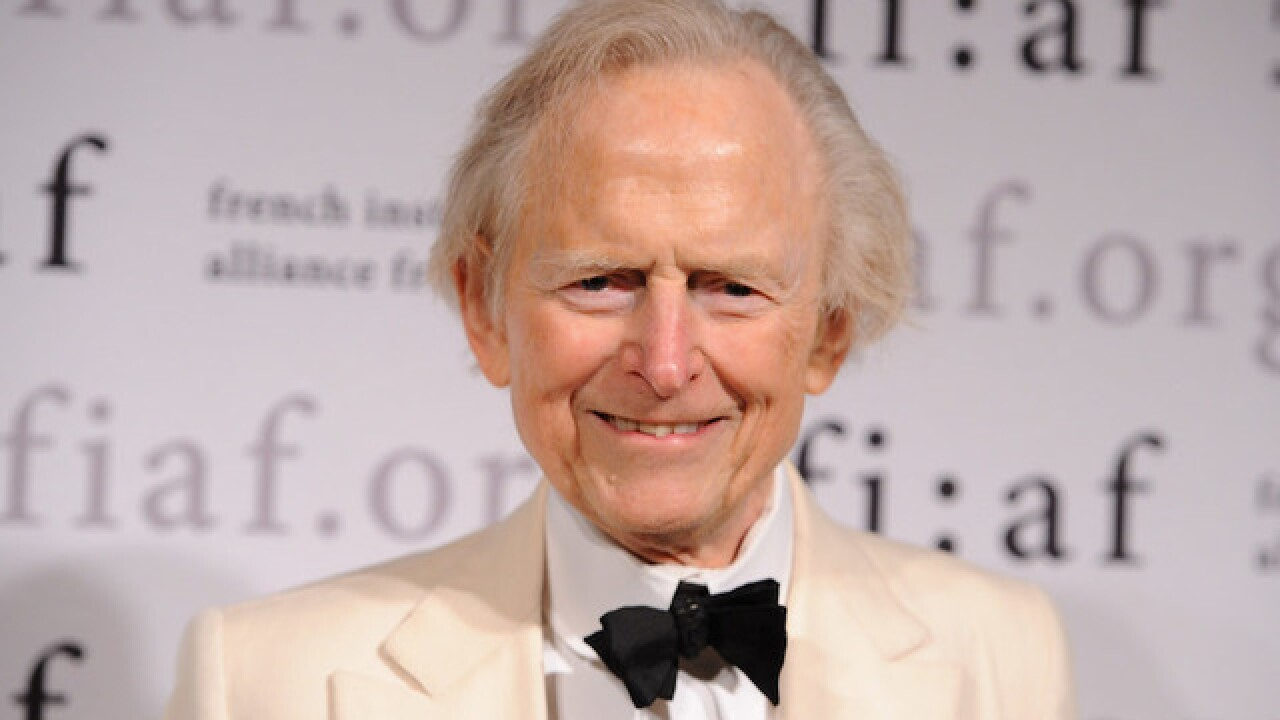 'The Right Stuff' author Tom Wolfe dies