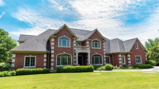 Giannis Antetokounmpo has a new mansion in River Hills [PHOTOS]