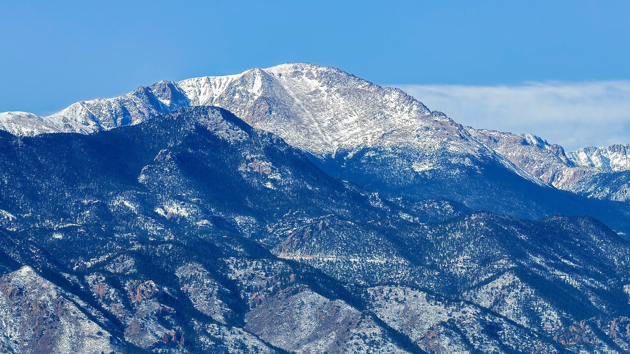 Pikes Peak on Valentines Day Larry Marr.jpg