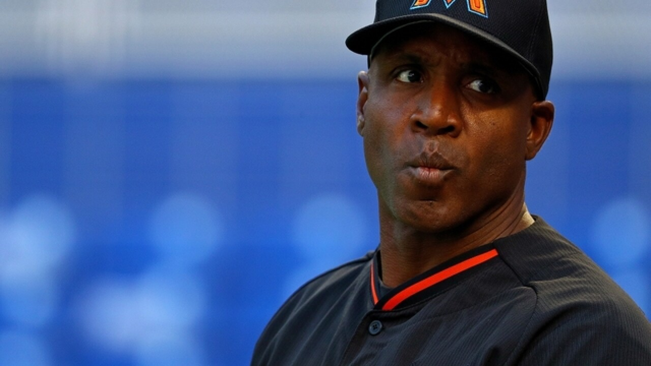 Despite alleged PED use, Barry Bonds to have number retired by Giants