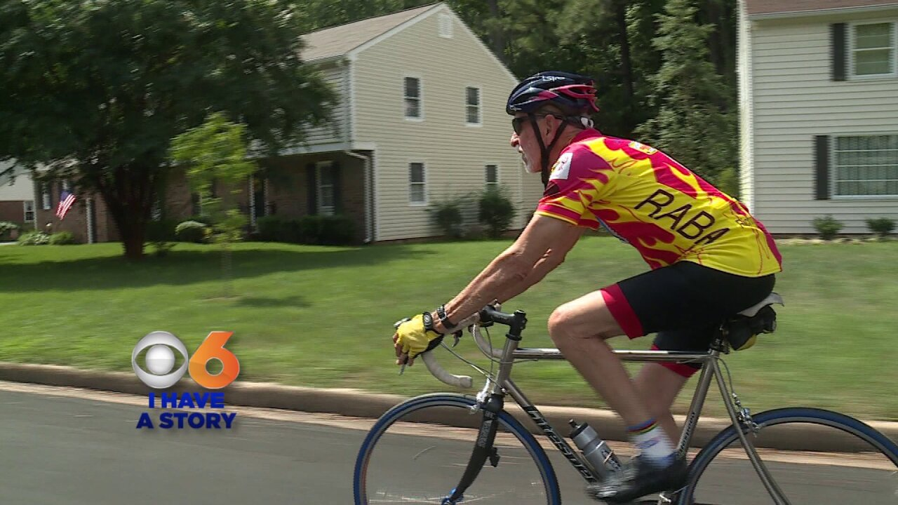 Meet the 85-year-old who celebrates his birthday by cycling hisage