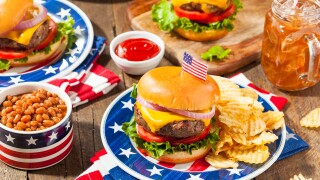 Retails and restaurant deals on Memorial Day | 2019