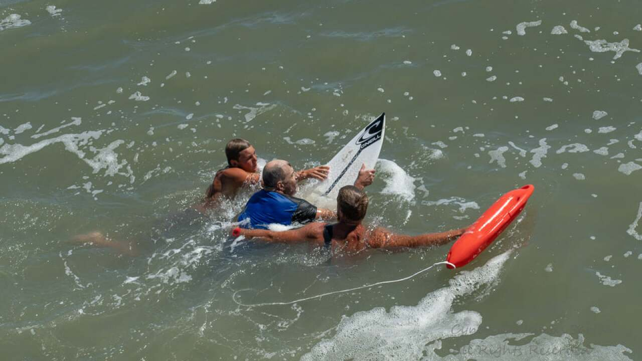 Photos: OBX photographer captures ocean rescue in real time frompier