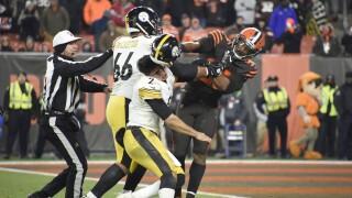 Myles_Garrett_Pittsburgh Steelers vCleveland Browns