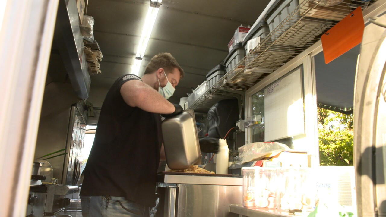 'The Vet Chef' food truck helps veterans acclimate to civilian life