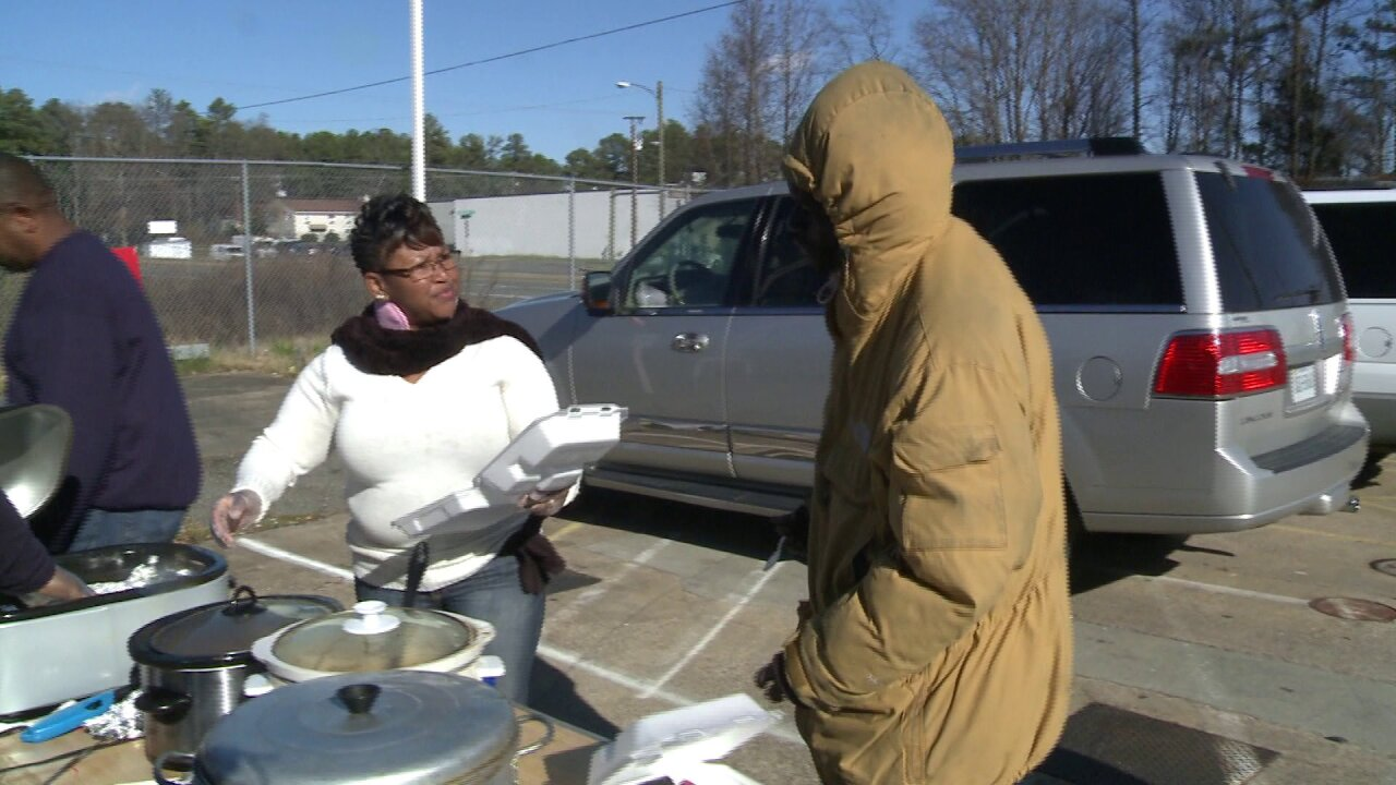 Cumberland County family visits Southside to help those inneed