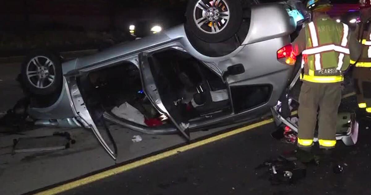Driver Dies Passengers Rescued In Sr 125 Rollover Crash Fox5sandiego
