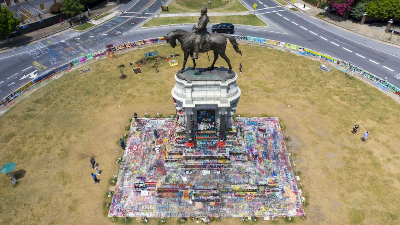 Confederate Monument Richmond Robert E. Lee statue