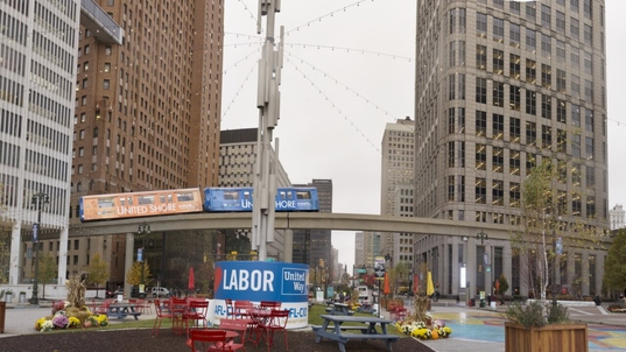 Ride the Detroit People Mover for free on Thanksgiving Day