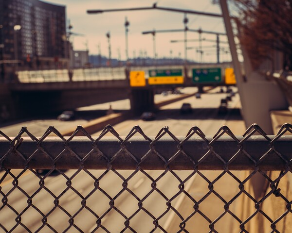 Cincygram has fun with depth of field at sights around town