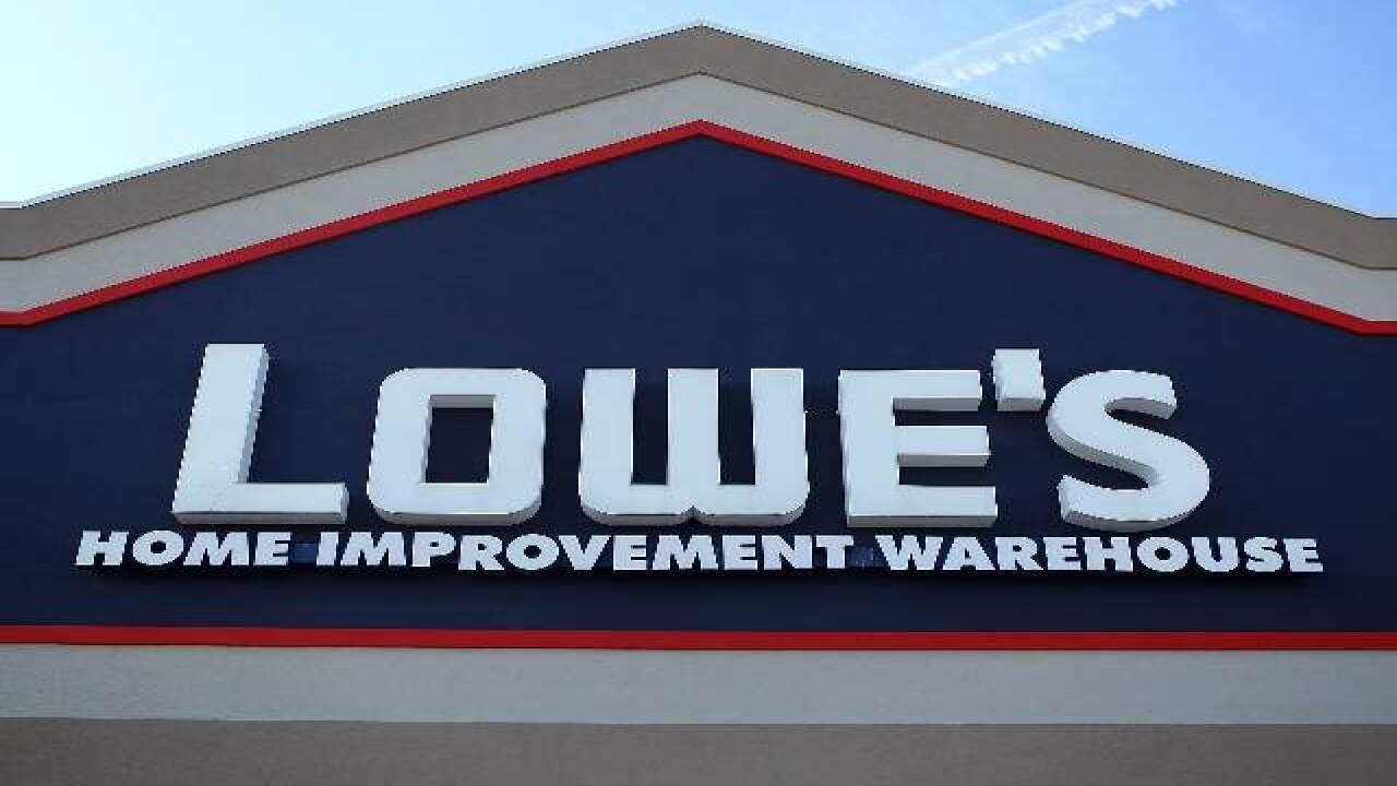 Lowe's warns customers of gift card scam