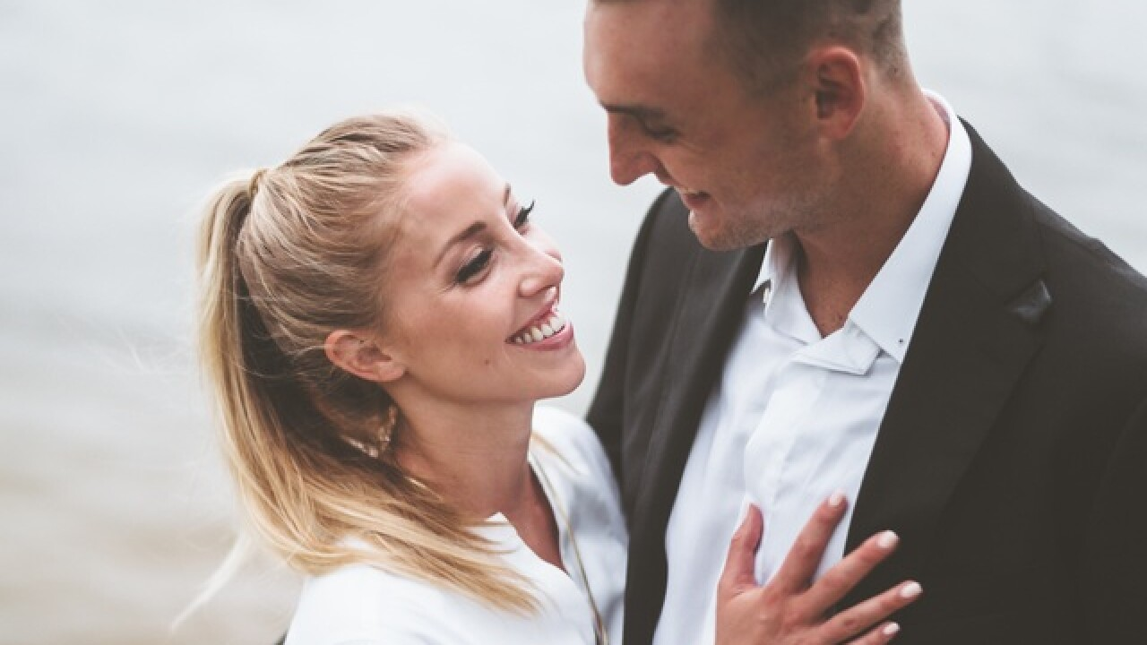 Sam Dekker and Olivia Harlan ask for charity donations instead of wedding gifts