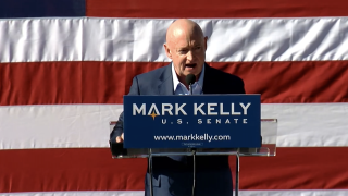 Mark_Kelly_Tucson_rally