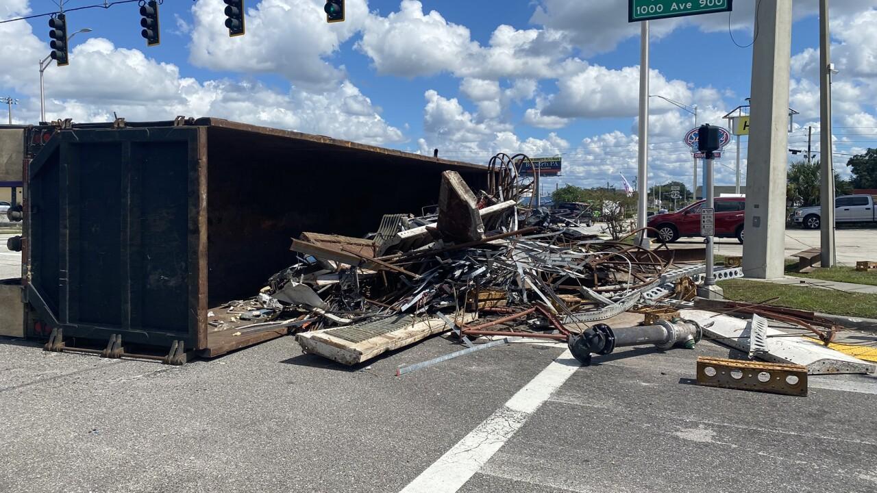semi-truck crash in lakeland1.jpg