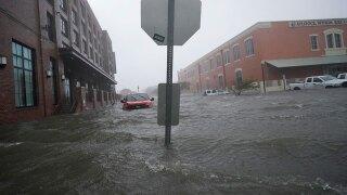 Pensacola-flood-waters-Hurricane-Sally-AP-NEWSROOM.jpg