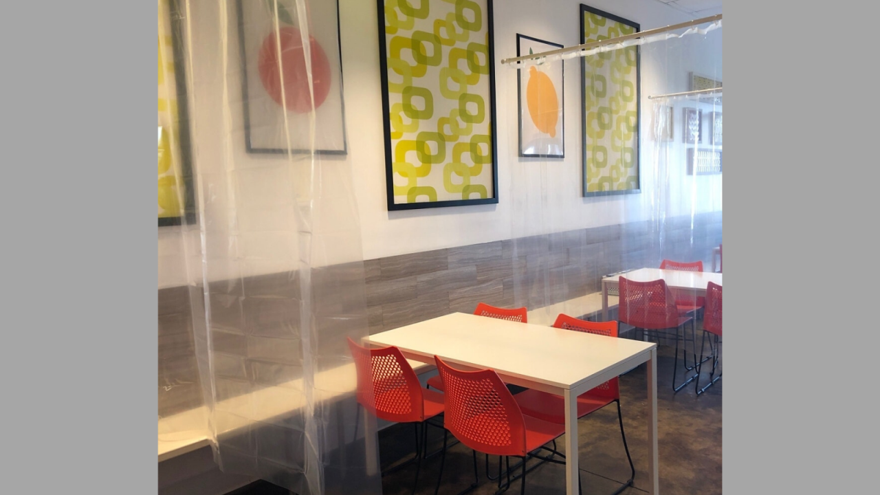 Ohio restaurant installs shower curtains between tables