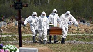 Virus Outbreak Russia Deaths