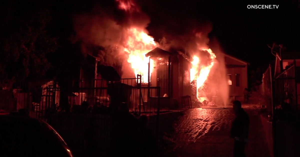 One dead, five injured in Logan Heights house fire
