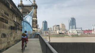 wcpo_bike_on_roebling.jpg