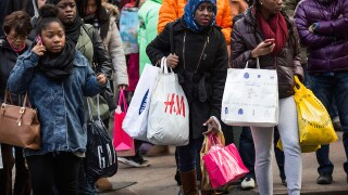 Why mobile payments won't make your holiday shopping more secure...yet