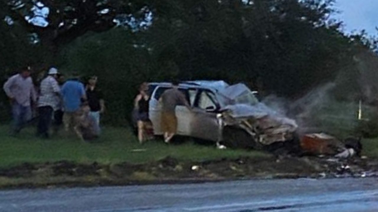 Fatal Beeville crash submitted by Christina Valdez.png