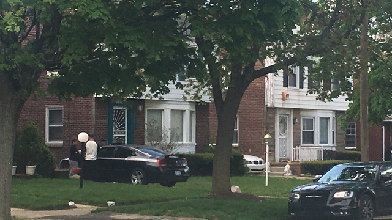 Boy accidentally shoots self in Detroit