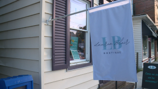 Teen opens clothing boutique in Tappahannock: 'If there's a will there's a way'