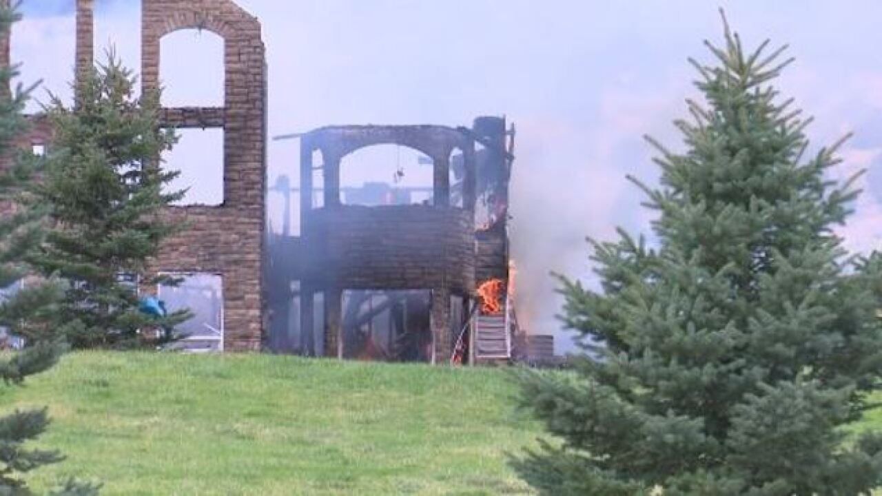 Fire destroys large Pocatello home