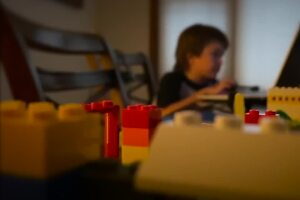 360: When is it OK to leave kids home alone for remote learning during the pandemic?