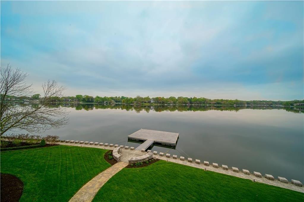 weatherby lake mansion 4