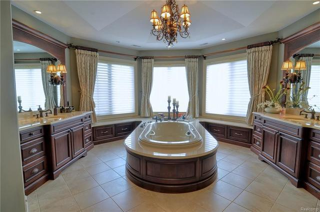 Photo gallery: Jim Caldwell lists Franklin home for $2.5 million