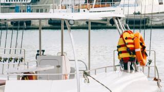 boat-chair-equipment-785526.jpg