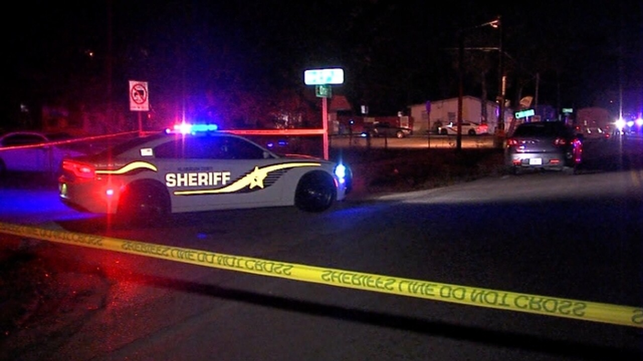 Man fatally outside of market in Tampa
