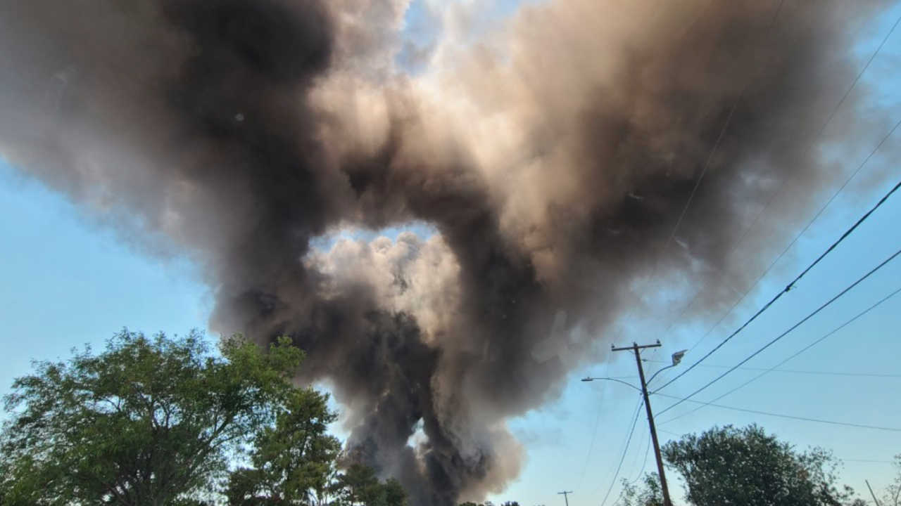 35th Ave Buckeye Road Recycling plant fire