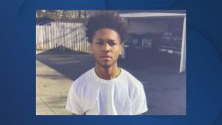 Fox River Mall shooting suspect Dezman V. Ellis