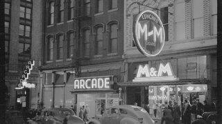 M&M Bar history