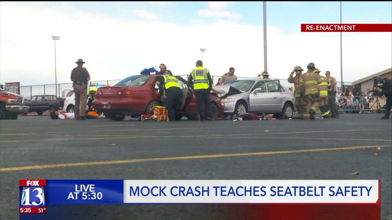 Mock crash teaches seat beltsafety
