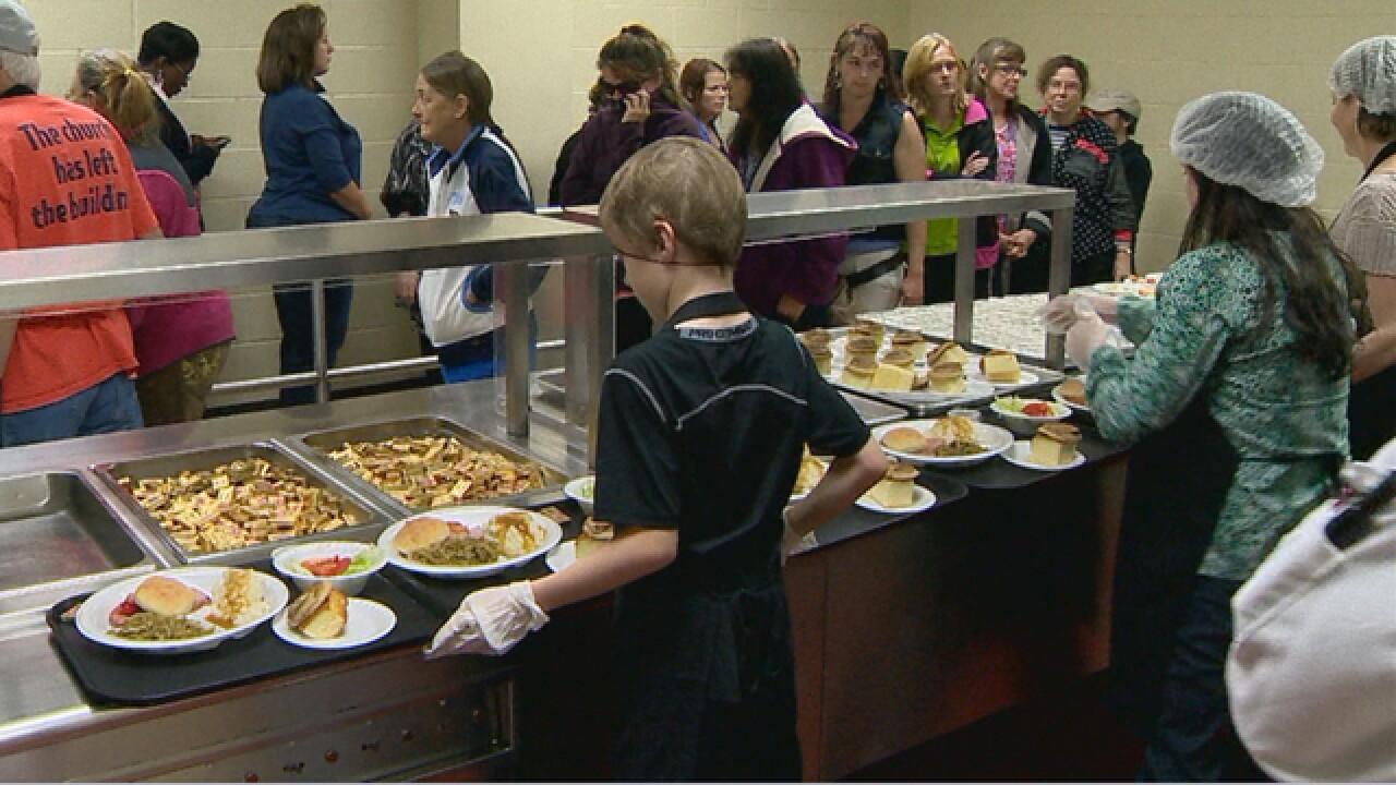 Nashville Rescue Mission Serving Easter Meals