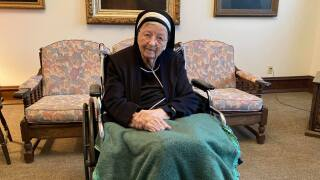 Manitowoc sister turns 105 years old